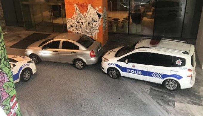 Mecidiyeköy'de rezidansa silahlı saldırı! Yaralılar var