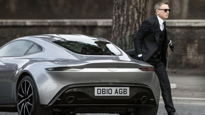 James Bond elektrikli Aston Martin'e binecek